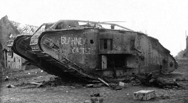 Zniszczony brytyjski czołg Mark IV