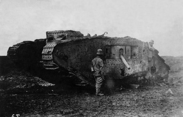 Zniszczony brytyjski Mark I