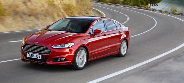 Dzięki kilku prostym wskazówkom możesz zaoszczędzić na paliwie niezależnie od tego, czy masz nowy Mondeo czy starszy model samochodu.