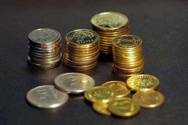 Na pojedynczej wymianie w przypadku kwoty rzędu 500 CHF możemy zaoszczędzić kilkadziesiąt złotych, zaś w dłuższej perspektywie zysk może sięgnąć nawet kilkunastu tysięcy. (fot pixabay.com)