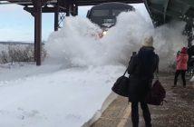 Amtrak + śnieg vs. ludzie na peronie