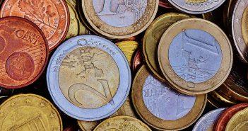 Pierwsze konto bankowe – na co zwrócić uwagę?