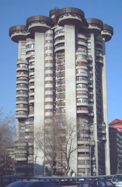 Torres Blancas (fot. Luis García)