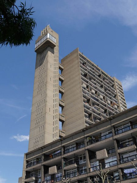 Trellick Tower (fot. Mark Ahsmann)