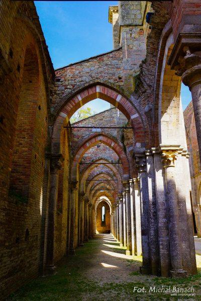 Ruiny opactwa San Galgano