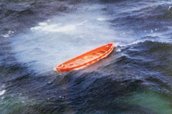 Jedna z szalup MF Estonia