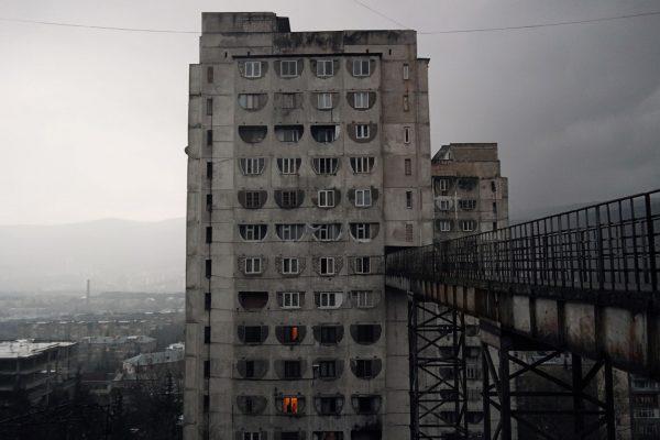Bloki w Tbilisi (fot. Ole Robin Storjohann)