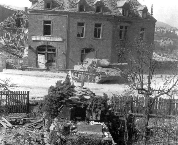 Zniszczone Jagdtigery