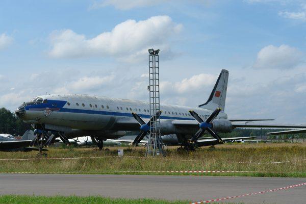 Tupolew Tu-114 (fot. Bernhard Gröhl)