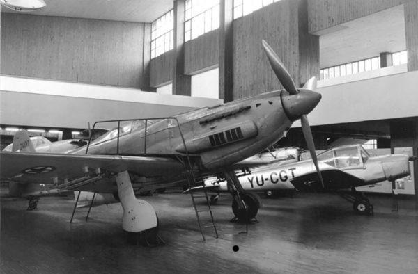 Ikarus S-49C