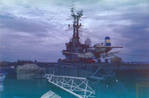 F4U Corsair na pokładzie ARA Independencia