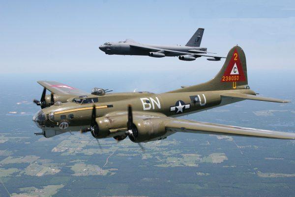 B-52 i B-17 współcześnie