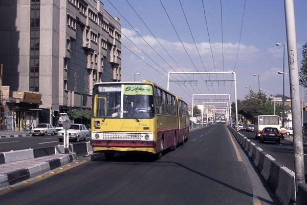 Ikarus 293 w Teheranie w 2005 roku (fot. Alessandro Albe)