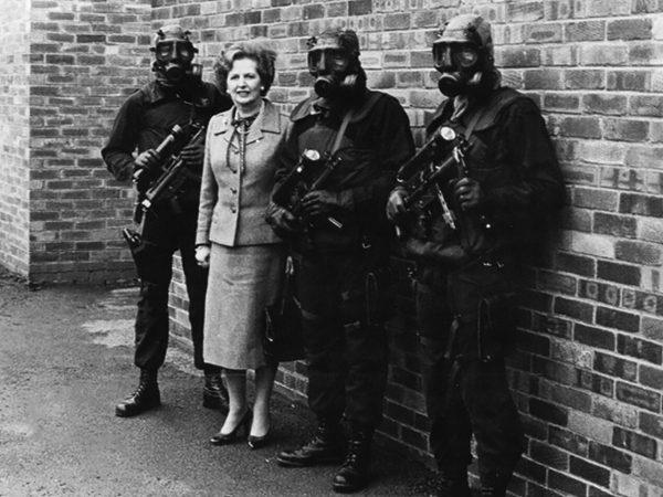 Margaret Thatcher wraz z operatorami SAS