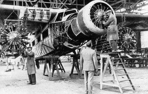 Fokker F.XX Zilvermeeuw podczas budowy