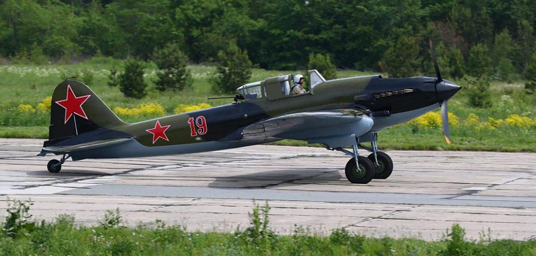 Odrestaurowany Ił-2 Szturmowik