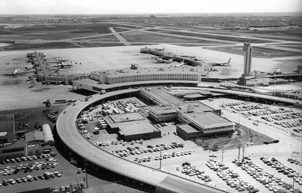 Stapleton International Airport w latach 50.