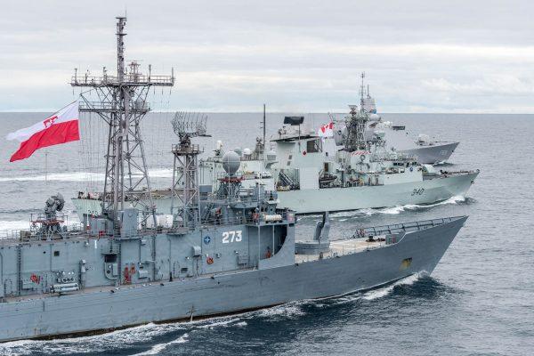 ORP Generał Tadeusz Kościuszko, HMCS St John Dynamic i HNLMS Evertsen (fot. FRAN CPO Christian Valverde)
