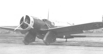 Amerykańskie samoloty szturmowe Curtiss A-8 i A-12 Shrike