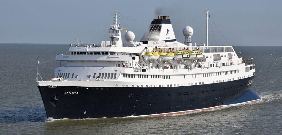 MV Astoria - najstarszy pływający liniowiec pasażerski