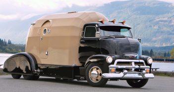 Oryginalny Chevrolet COE Tourliner (1954)