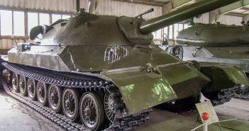 Radziecki prototypowy czołg superciężki IS-7