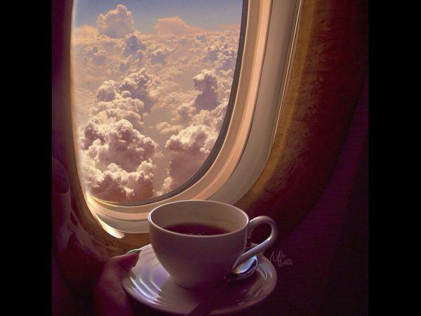 Espresso to jedna z najpopularniejszych kaw z ekspresu, a jednocześnie początek wielkiej kawowej przygody, ponieważ jest bazą większości napojów kawowych