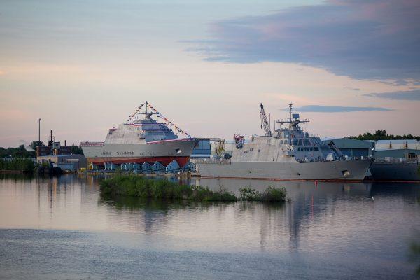 USS Billings (LCS-15) i USS Little Rock (LCS-9)