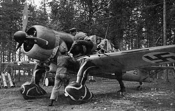 Fiński Fokker D.XXI