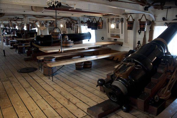 Pokład działowy na HMS Warrior