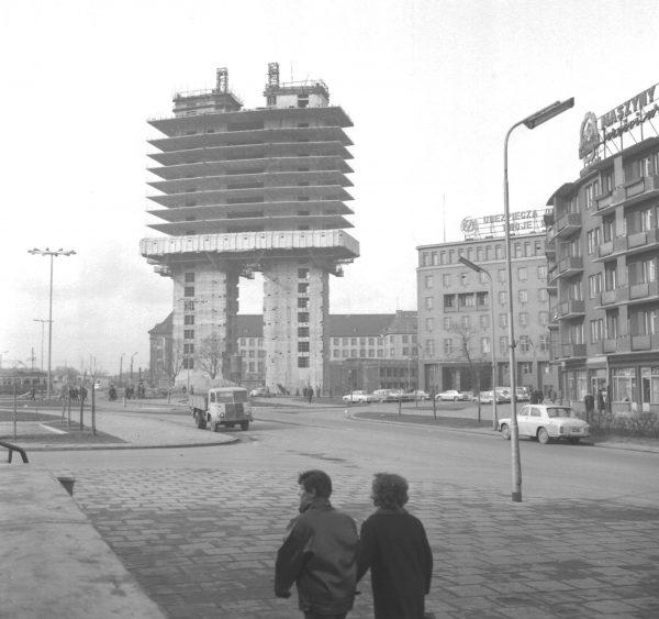 Zieleniak podczas budowy (fot. Zbigniew Kosycarz)