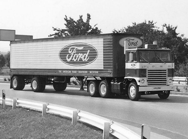 Ford W-1000 Gas-Turbine