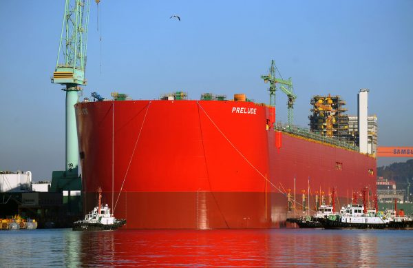 Prelude FLNG podczas budowy (fot. Shell)