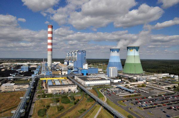 Elektrownia Opole - moc osiągalna 1532 MW (w trakcie budowy są bloki o mocy 1800 MW) (fot. defence24.pl)