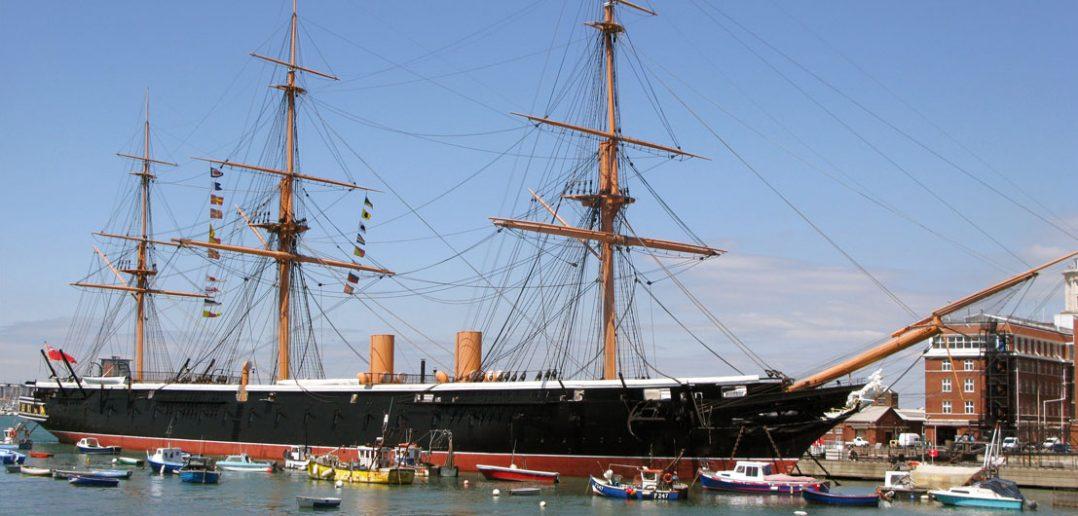 HMS Warrior - pierwszy brytyjski okręt pancerny
