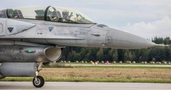Święto 31 Bazy Lotnictwa Taktycznego w Krzesinach - galeria
