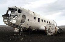 Niesamowity wrak samolotu DC-3 na Islandii