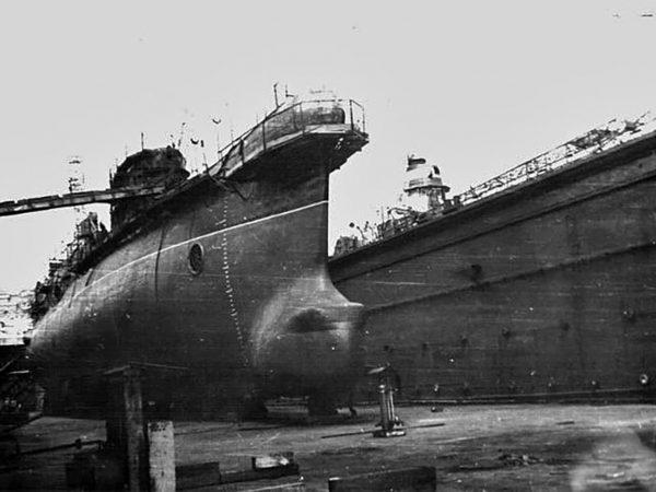 Okręt podwodny projektu 940 (India) podczas budowy