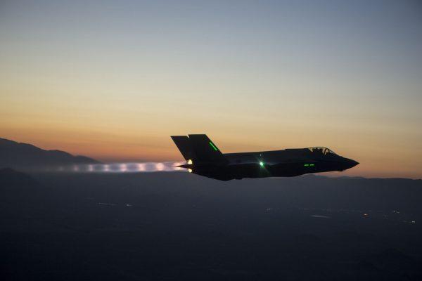 F-35A AF-6 Lightning II podczas 185 lotu