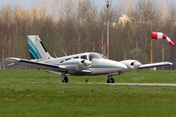 PZL M-20 Mewa (fot. Marek Kowalczyk)