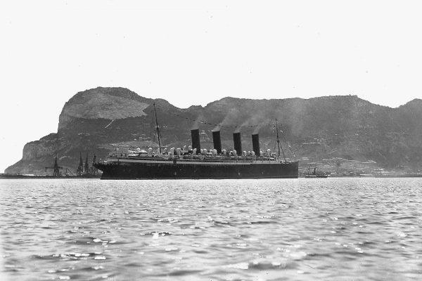 RMS Mauretania na Gibraltarze