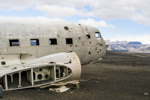 Wrak DC-3 na Islandii - Sólheimasandur (fot. Adon Metcalfe)