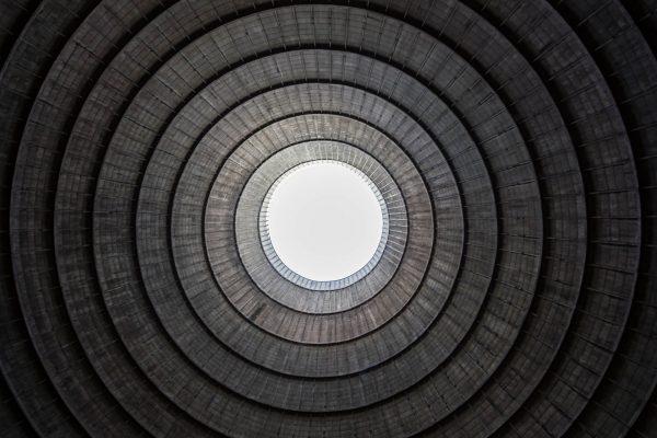Chłodnia kominowa w Power Plant IM (fot. Jaime Visser)