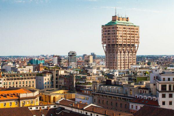 Torre Velasca współcześnie (fot. internimagazine.it)