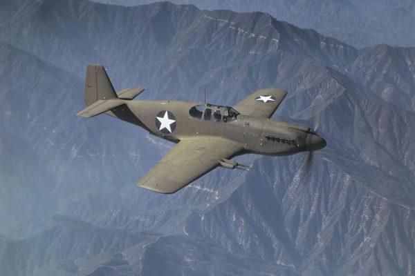 North American P-51 Mustang Mk. IA w 1942 roku (fot. Alfred Palmer)