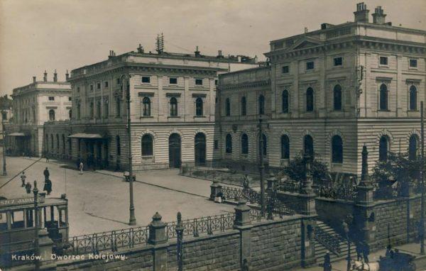 Dworzec Główny w Krakowie w latach 1910-1915 (fot. fotopolska.eu)