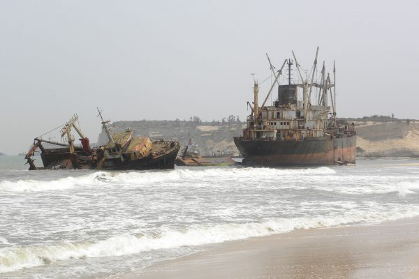Praia da Santiago w Angoli (fot. bluelatitudesgroup.rezdy.com)