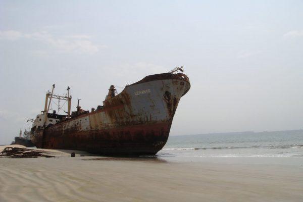 Praia da Santiago w Angoli (fot. instantaneidades.blogspot.com)