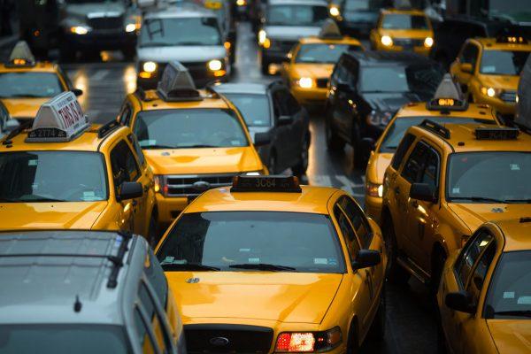 Nowojorskie taksówki współcześnie (fot. Aftab Uzzaman)