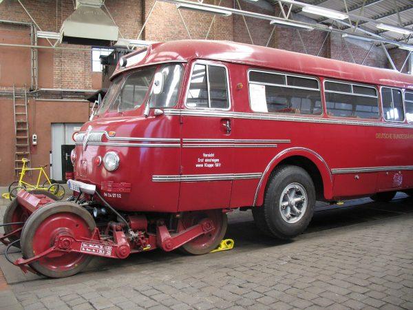 Schi-Stra-Bus (fot. Anagoria/Wikimedia Commons)